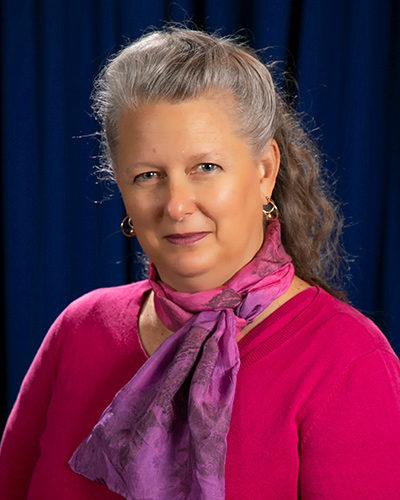 Carol Salloum, Public
